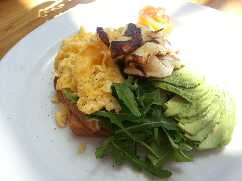 scrambled eggs with haloumi & avocado