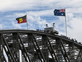 403493-aboriginal-flag-raised-on-harbour-bridge