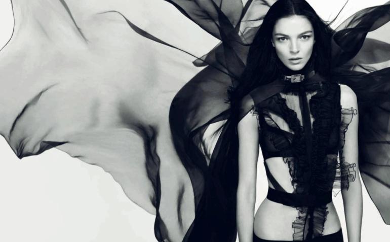 Givenchy-Dahlia-Noir
