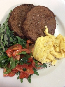 breakkie; scrambled eggs with hamburger beef pattie & kale salad
