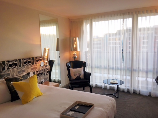 :: QT Hotel Canberra::