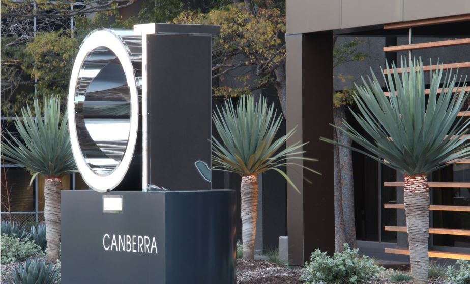 QT-canberra-sign